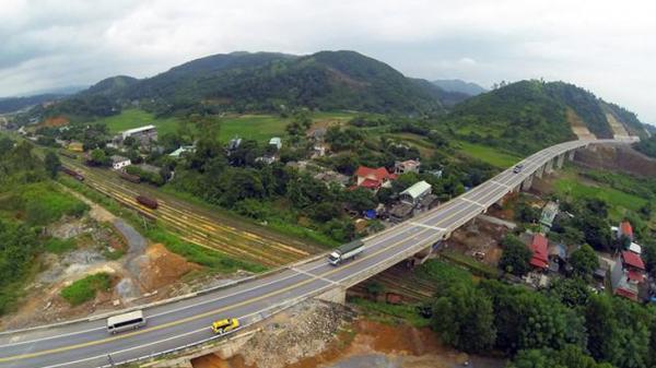 Đấu thầu 4 gói xây lắp Dự án đường nối Quốc lộ 32 với cao tốc Nội Bài - Lào Cai