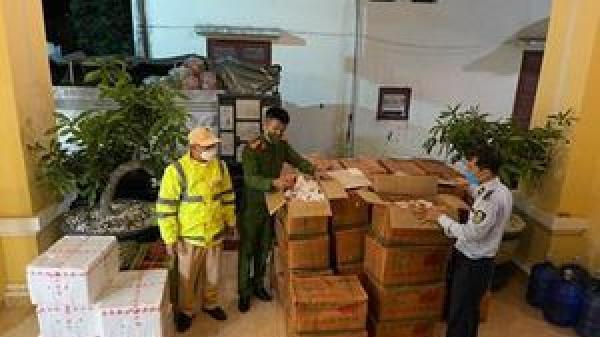 Phát hiện hơn 1 tấn hoa quả nhập lậu từ Hải Dương lên Sơn La