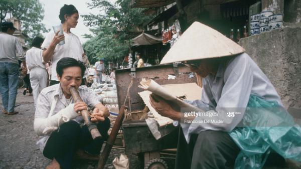 """Chân dung đầy """"thần thái"""" của người Hà Nội năm 1989"""
