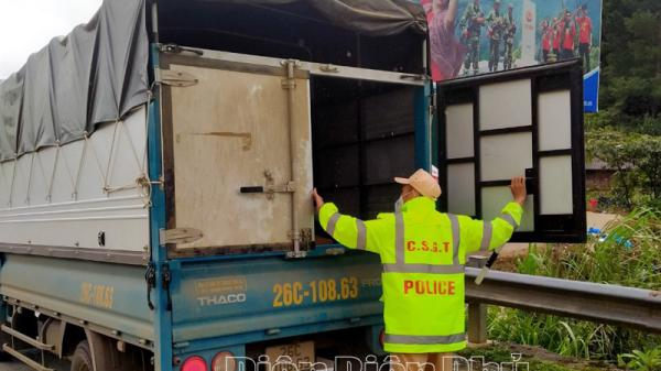 Điện Biên: Kiểm soát chặt người và phương tiện vào tỉnh