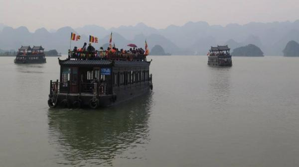 Hà Nam quyết đình chỉ tàu không đảm bảo an toàn ở khu du lịch Tam Chúc