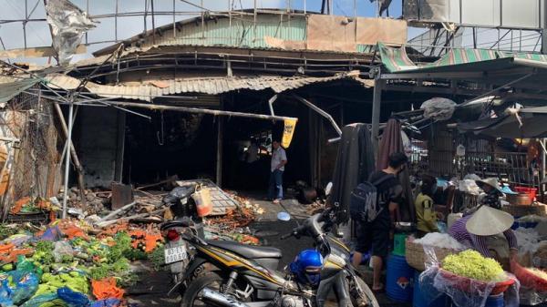 Kiên Giang: Ch.áy lớn ở nông sản ở chợ Rạch Sỏi cũ