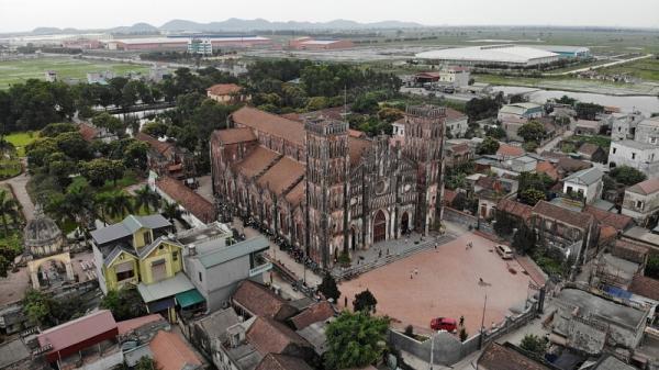 Hà Nam: Khám phá Vương cung Thánh đường nguy nga, cổ kính được tôn vinh danh hiệu Vương cung thánh đường ở Việt Nam.