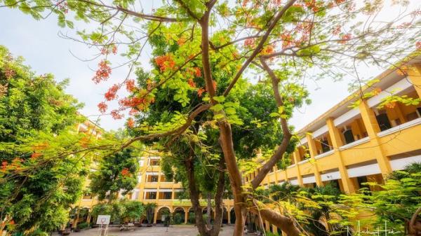 Vẻ đẹp nhuốm màu thời gian của ngôi trường THPT với kiến trúc Pháp đẹp nhất Sài Gòn