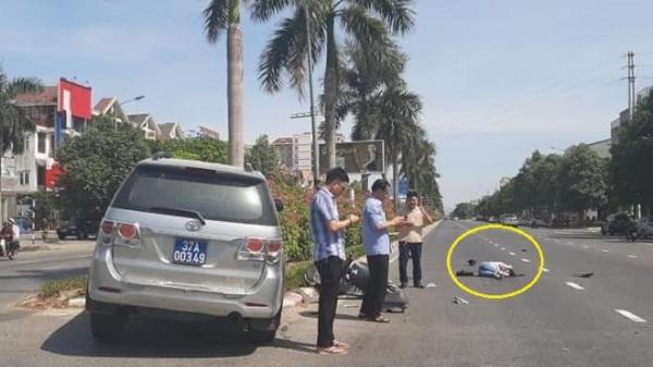 3 cán bộ chúi mặt vào điện thoại sau tai nạn: UBKT Tỉnh ủy Nghệ An lên tiếng