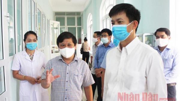 Quảng Trị: Hơn 500 y, bác sĩ và bệnh nhân phải cách ly tập trung
