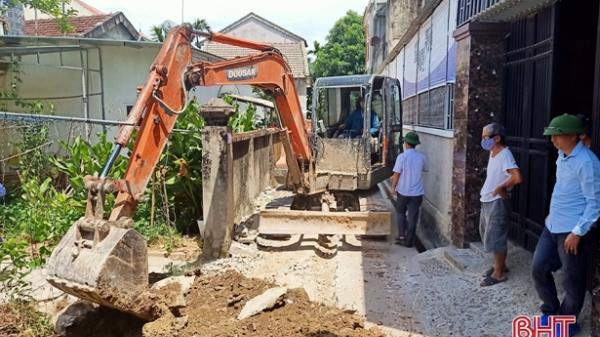 40 hộ dân huyện miền núi Hà Tĩnh hiến đất, góp tiền mở rộng đường đô thị