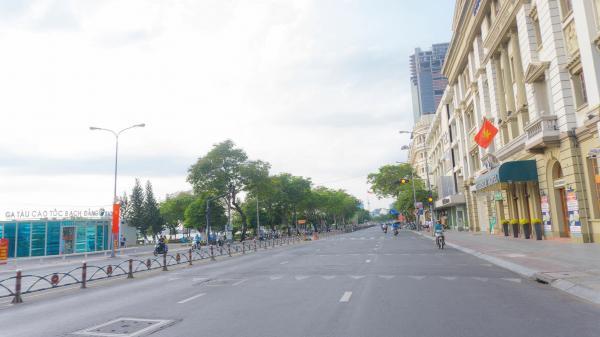 """Mới 24 Tết, Sài Gòn đã vắng tanh như """"thành phố bỏ hoang"""" khi người dân đã về quê đón Tết"""