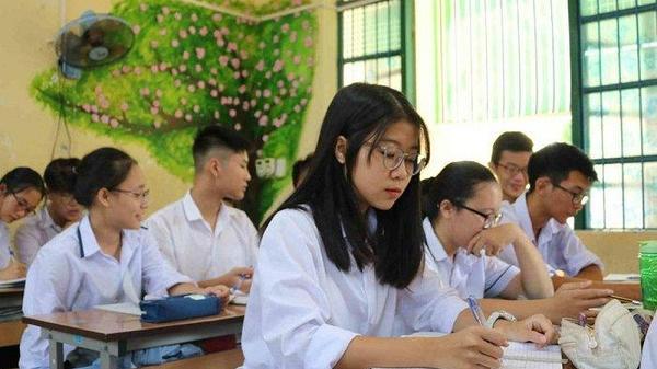 Cập nhật mới nhất: Hàng loạt tỉnh thành chuẩn bị cho học sinh lớp 9 và 12 đi học trước