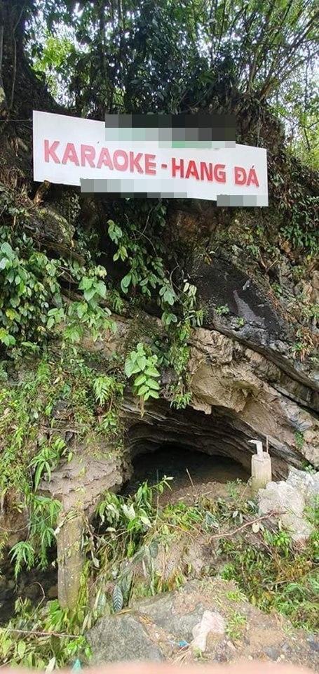 Một quán hát karaoke nằm trong lòng vách đá…