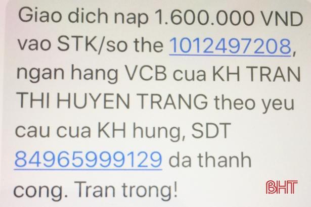 ...và vợ anh Hùng chuyển khoản 1,6 triệu đồng cho tài khoản Trần Thị Huyền Trang